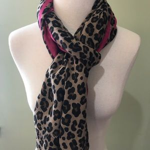 Accessories - New!🌟Leopard Print Soft Scarf and Wraps